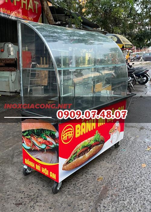 Tủ kính bánh mì