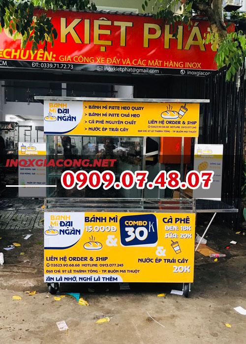 Tủ kính bán bánh mì 1m4 | inox Kiệt Phát