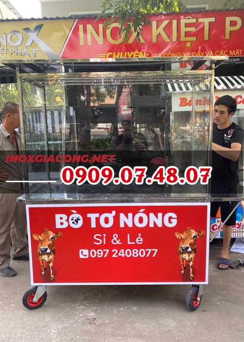 Tủ kính bán thịt bò 1M4 | Inox Kiệt Phát