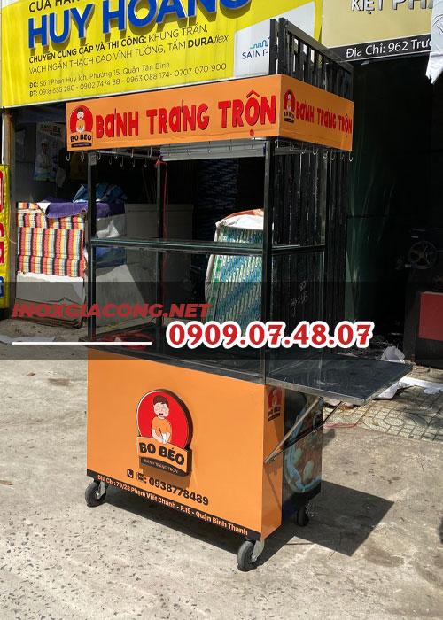 Xe bán đồ ăn vặt